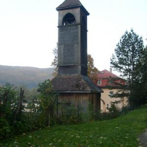 B33 Zvonička nad stadionem