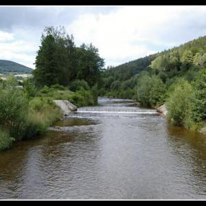 B74 Léto řece