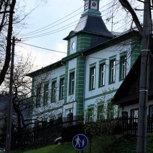B135 Škola