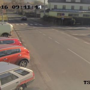 Jesenická   směr centrum a křižovatka s ulicí Myslivecká
