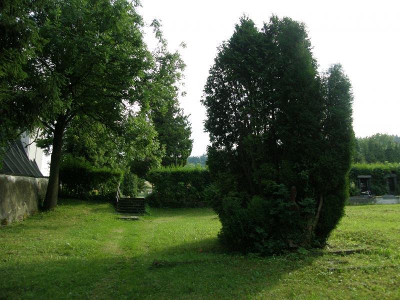 hřbitov ve Vrbně 2, obrázek se otevře v novém okně