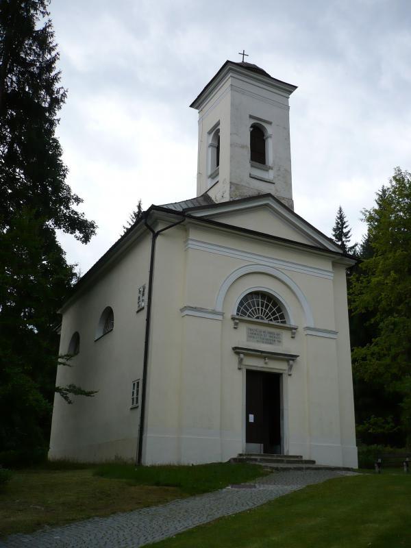 Kostel Panny Marie Uzdravení nemocných v Karlově Studánce, obrázek se otevře v novém okně